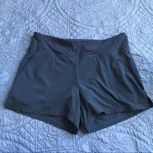 🏃🏻‍♀️Lucy Lucy Power athletic shorts size sp